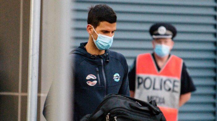 درخواست نواک جوکوویچ از مسئولین تنیس استرالیا برای بهبود شرایط قرنطینه
